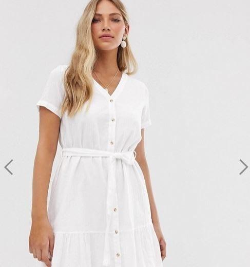 אסוס שמלה לבנה