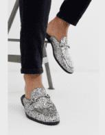 נעליים שטוחות