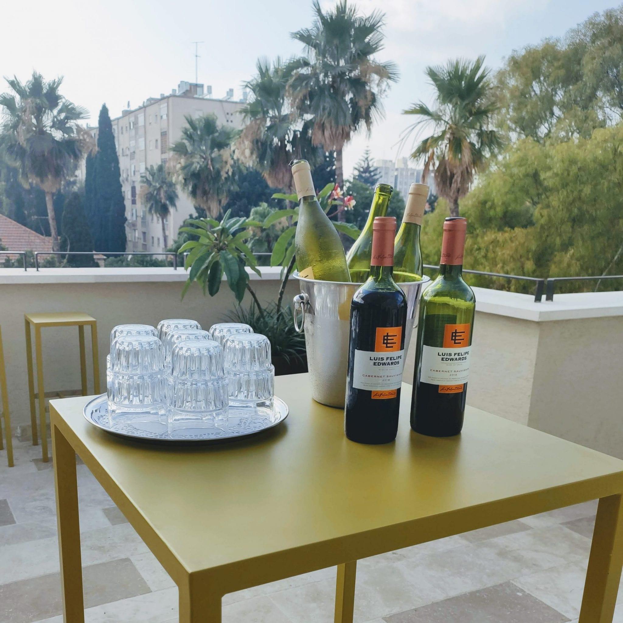 אנה ברודי מלון שומאכר מה עושים בחיפה